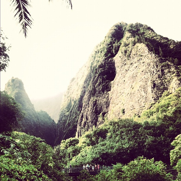 iao-valley-maui-hawaii