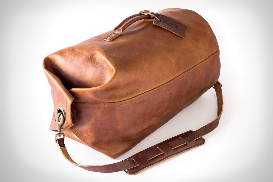 whipping-post-military-duffle-00
