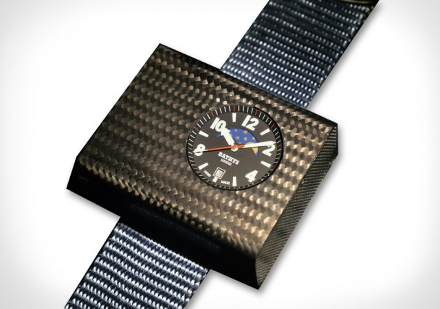 The World's First True Atomic Watch is Here