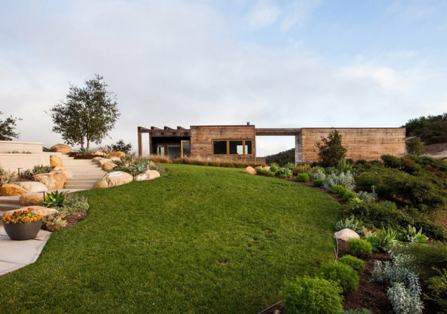Day Dream: Toro Canyon House