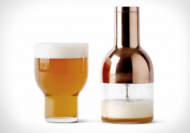 The Beer Foamer Improves Beer Presentation