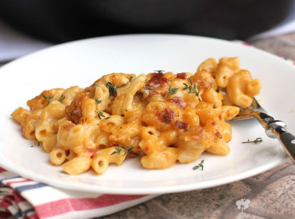 Weekend Recipe: Garlic, Bacon, and Beer Macaroni and Cheese
