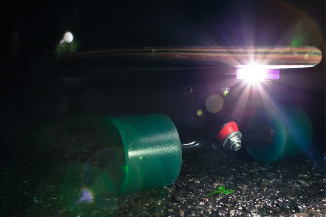 Skate Ray Is a Headlight for Your Skateboard