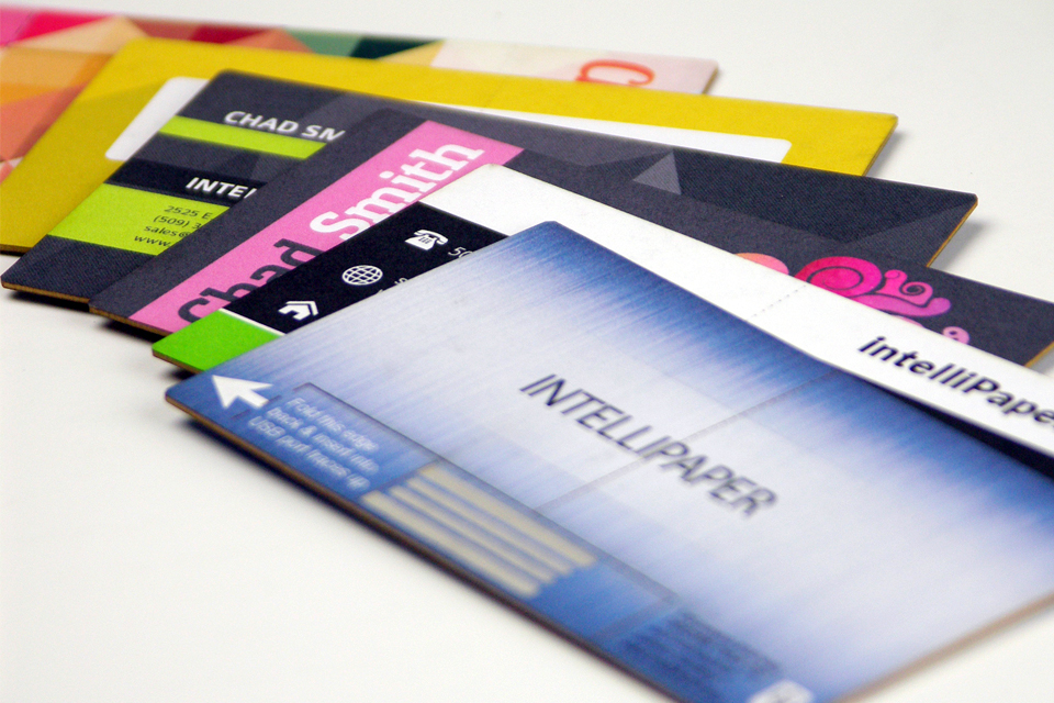 These Business Cards Have a Built-in USB Drive - Direkt Concept